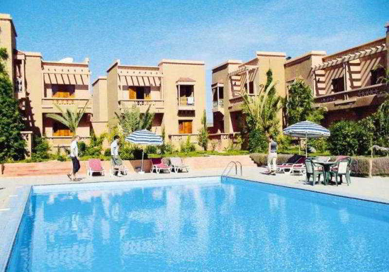 Hotel le fint in ouarzazate starting at 15 destinia - Explorer hotel paris swimming pool ...