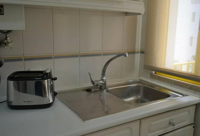 Küche Apartamentos Garvetur Atlantida Quarteira