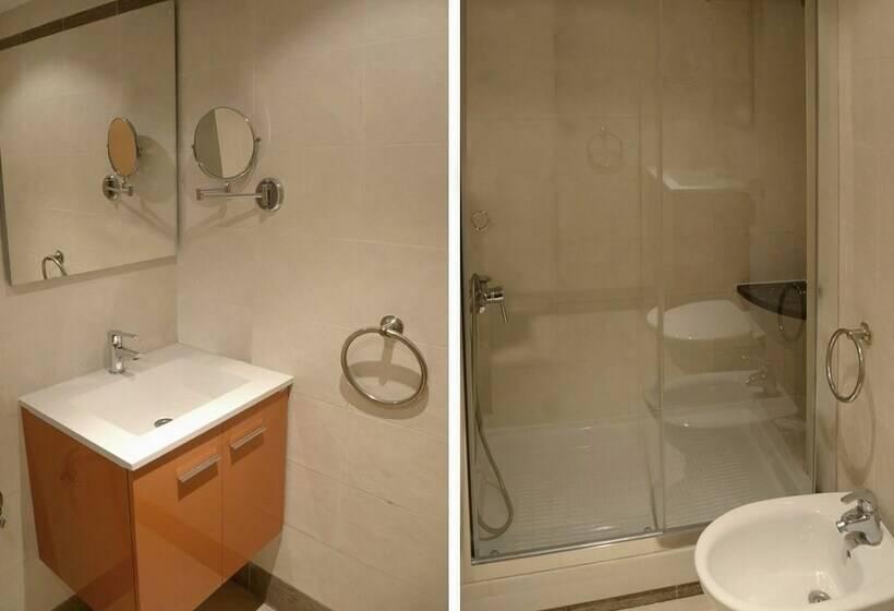 Cuarto de baño Apartamentos Marina d'Or Oropesa del Mar