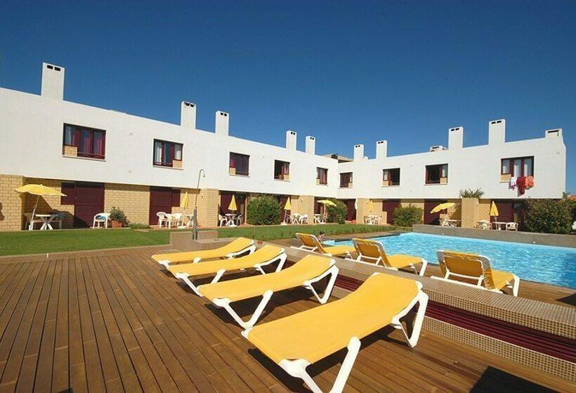 Aparthotel porto covo porto covo the best offers with for Appart hotel porto