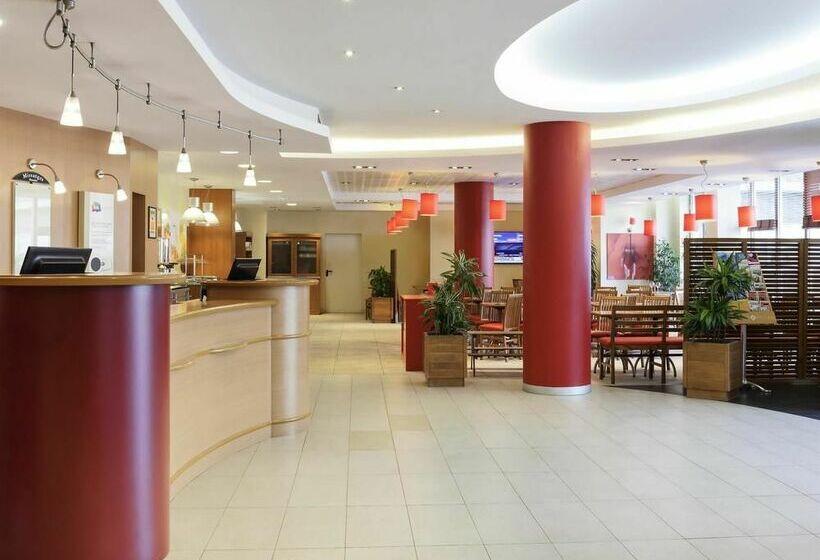 ホテル Ibis Barcelona Aeropuerto Viladecans