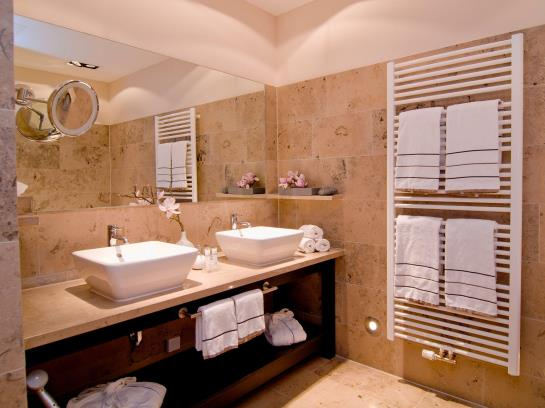 h tel achat plaza herzog am dom regensburg ratisbonne partir de 62 destinia. Black Bedroom Furniture Sets. Home Design Ideas