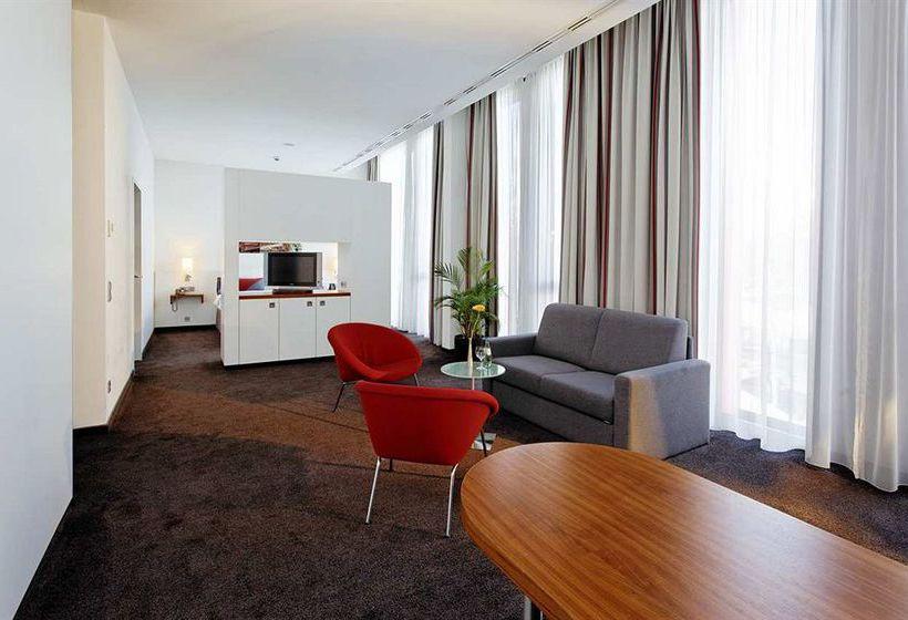 호텔 Hilton Garden Inn Stuttgart Neckarpark 슈투트가르트