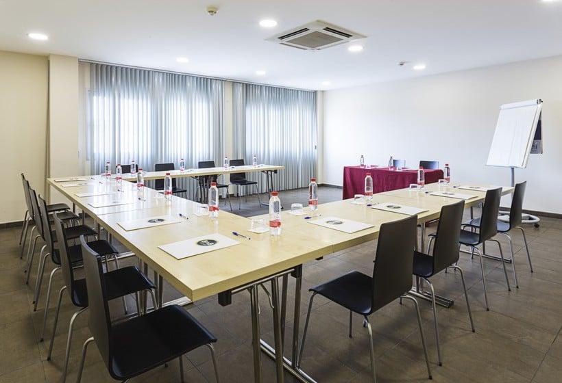 Meeting rooms B&B Hotel Madrid Airport T1 T2 T3