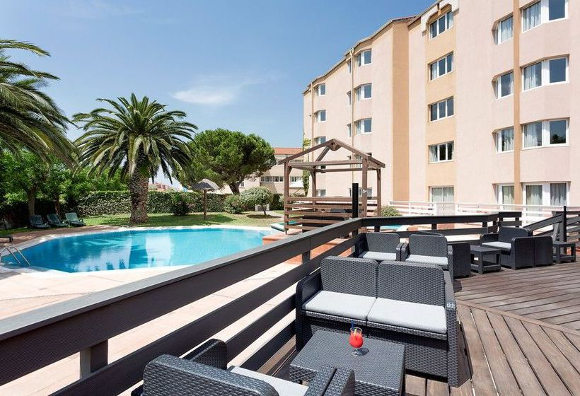 Hotel ibis styles perpignan canet en roussillon in canet Hotels in perpignan with swimming pool
