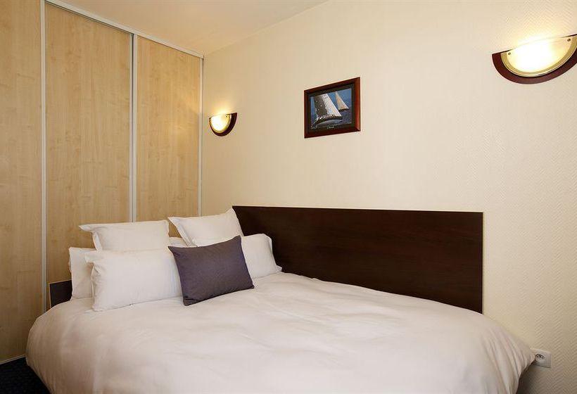 appart 39 h tel appart 39 city pontoise cergy le haut cergy les meilleures offres avec destinia. Black Bedroom Furniture Sets. Home Design Ideas