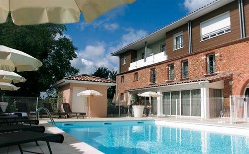h tel park suites village toulouse colomiers colomiers partir de 24 destinia. Black Bedroom Furniture Sets. Home Design Ideas