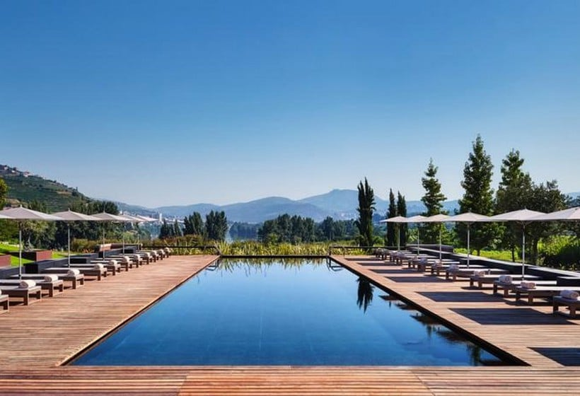 Piscina Hotel Six Senses Douro Valley Lamego