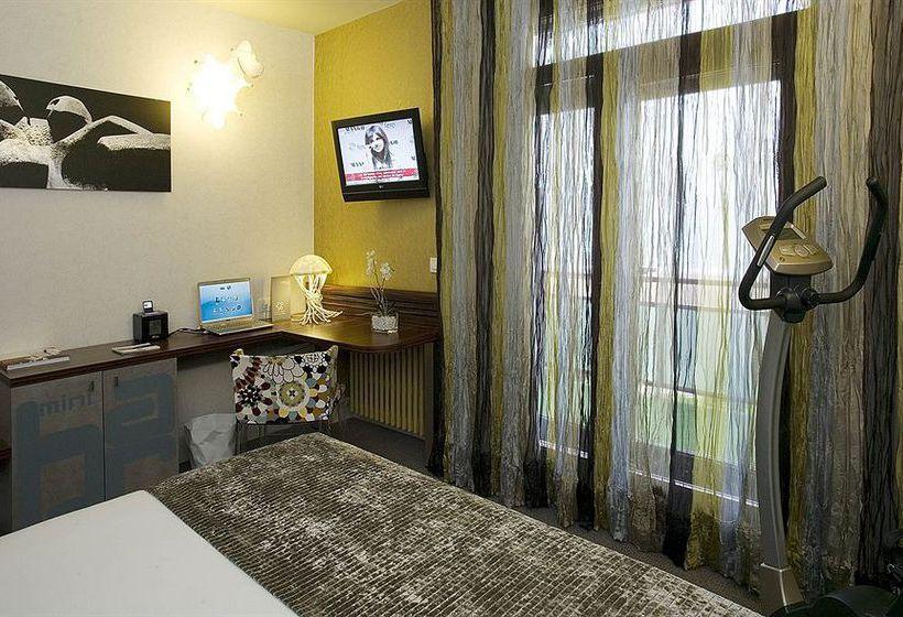 Hotel Petit Palace Tamarises Getxo