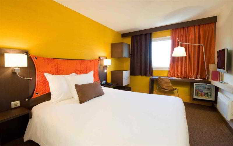 Hotel Suite Home Paris Porte de Pantin