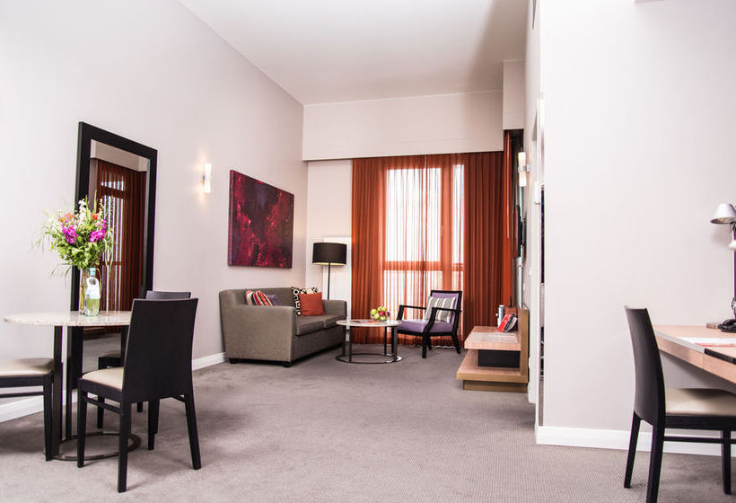 Adina Apartment Hotel Berlin Checkpoint Charlie 베를린