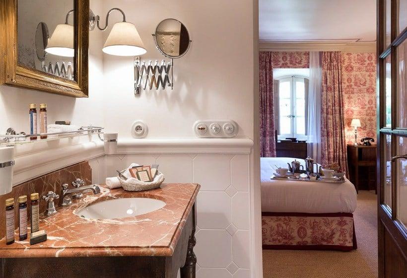 h tel la bastide de gordes gordes partir de 285. Black Bedroom Furniture Sets. Home Design Ideas