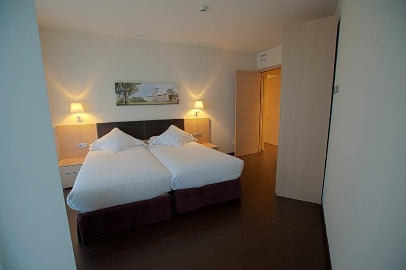 Zenit Aparthotel Jardines de Uleta Suites فيتوريا-جاستيز