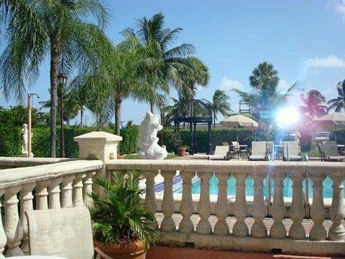 Hotel Roma Golden Glades Resort Miami