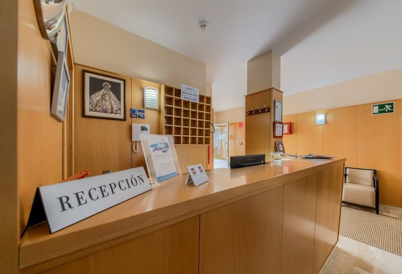 Front desk Loto Conil Hotel Apartamentos Conil de la Frontera