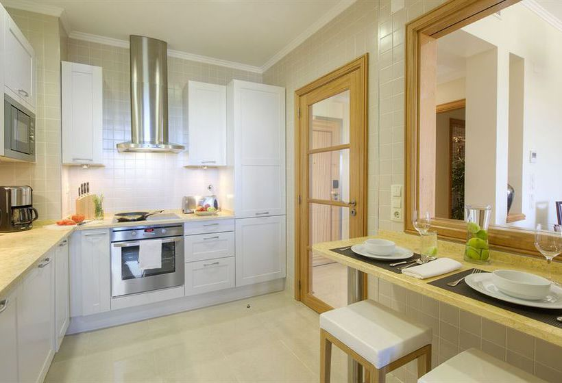 Küche Residences at Victoria Clube de Golfe  Vilamoura