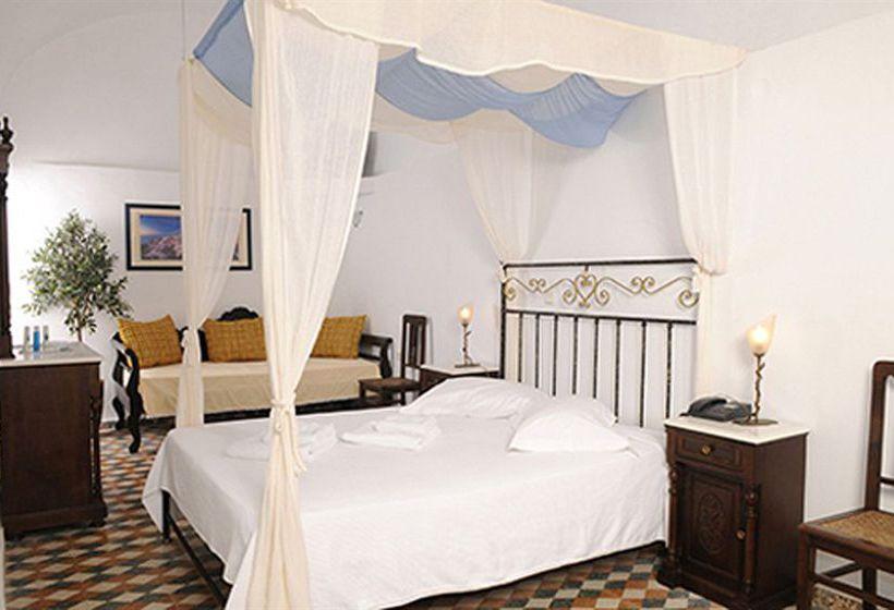 Hotel Loucas Fira