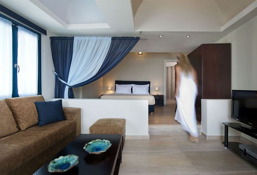 Hotel Galaxy Suites Spa In Imerovigli Starting At 184