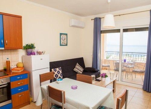Apartamentos Barbati Beach