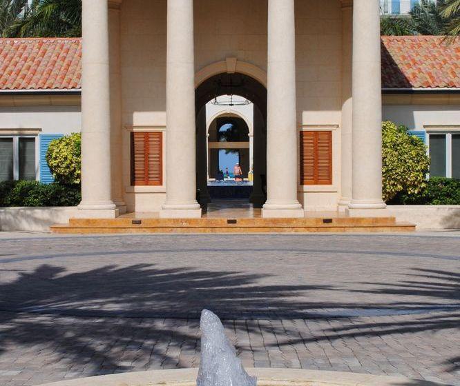Hotel The Regent Grand Resort Grace Bay