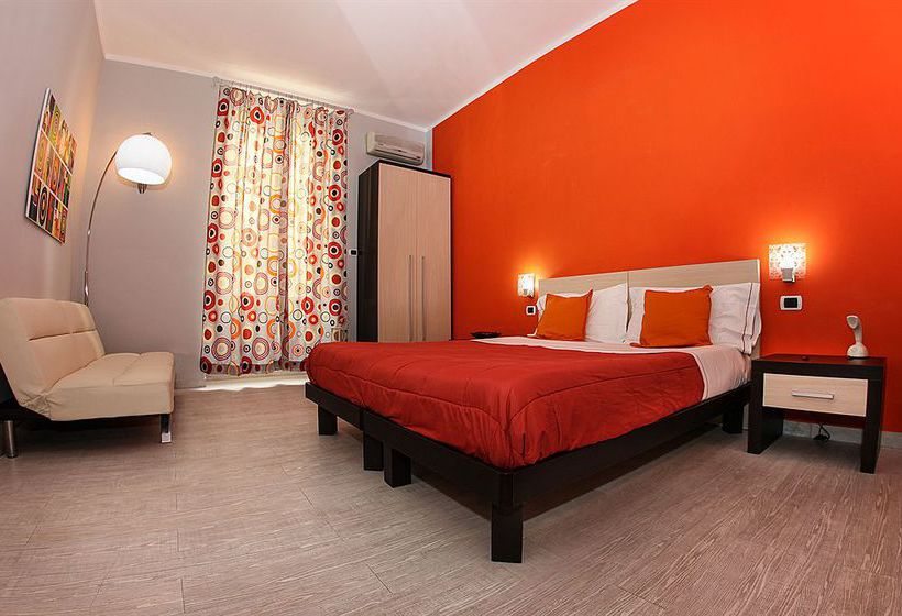 H rooms boutique hotel in naples starting at 42 destinia for Best boutique hotels naples
