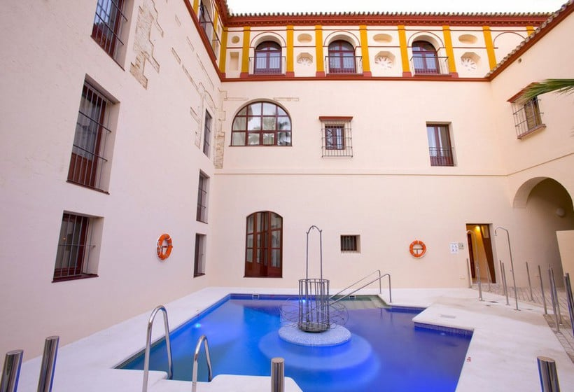 Swimming pool Hotel Palacio de Arizon Sanlucar de Barrameda