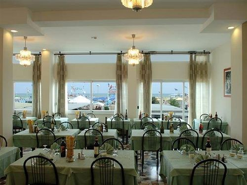 Hotel Haway, Cattolica: the best offers with Destinia