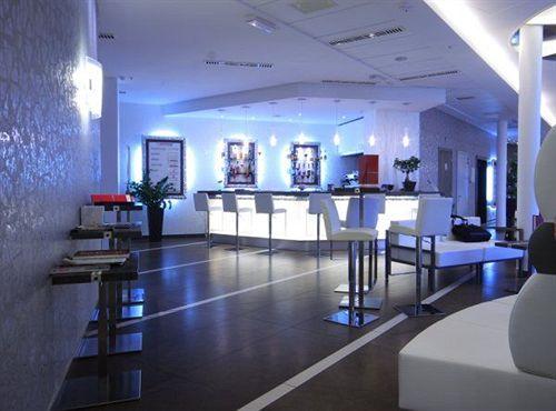 Hotel cosmopolitan bologna a bologna a partire da 22 for Hotel vicino unipol arena bologna