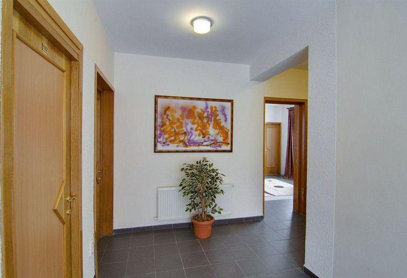 호텔 Tranzzit 부쿠레슈티