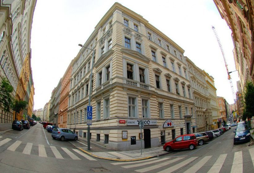 Hotel Balbin Em Praga Desde 14 Destinia
