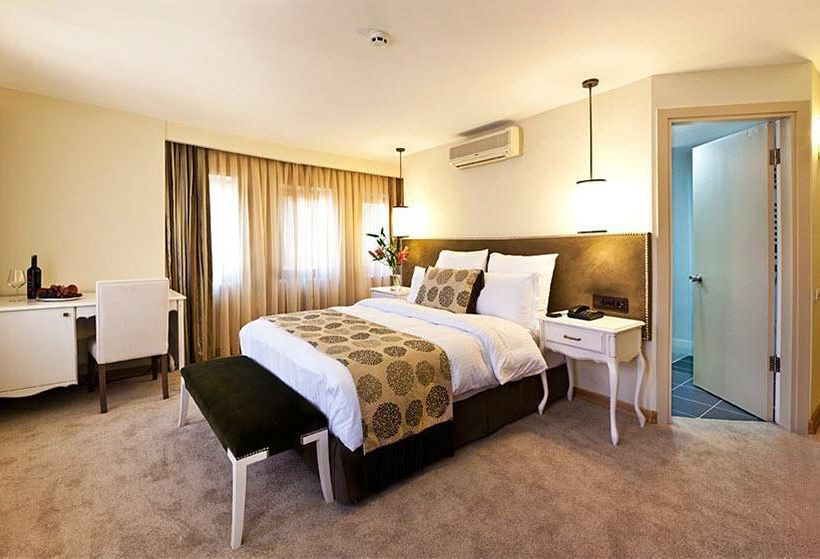 Camera Hotel Taxim Town Istanbul