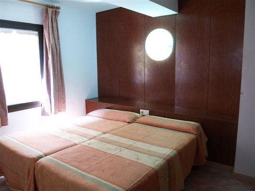 Apartamentos Rosa Clara Lloret de Mar