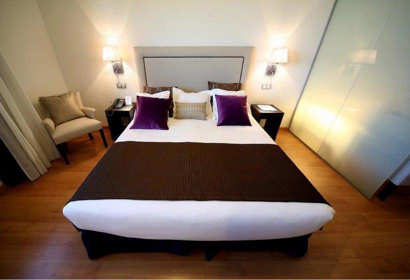 Hotel Dome Las Tablas Madrid