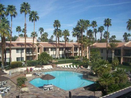 resort lawrence welk 39 s desert oasis by evrentals cathedral city the best offers with destinia. Black Bedroom Furniture Sets. Home Design Ideas