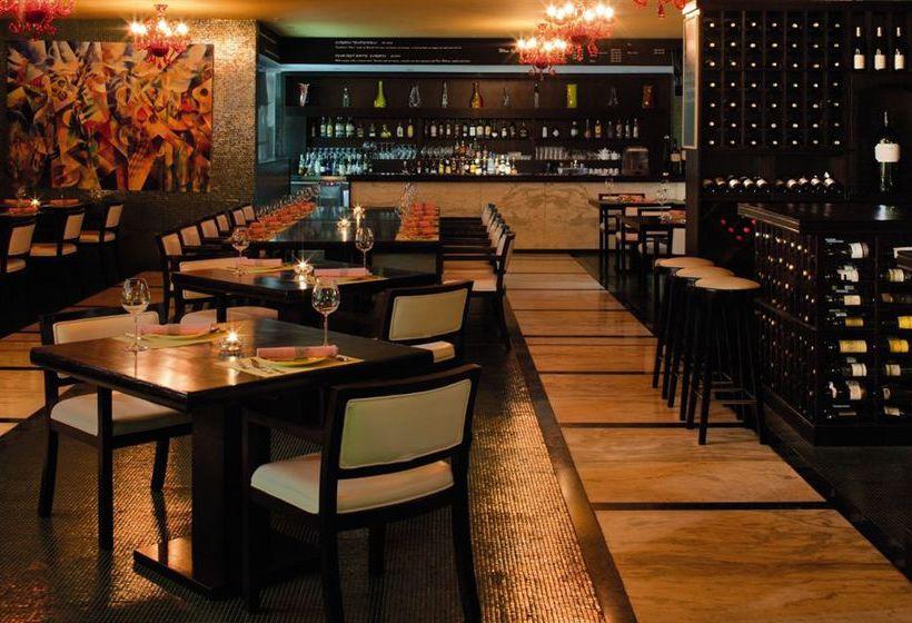كافيتريا Radisson Blu Hotel Doha الدوحة