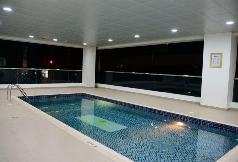Бассейн Welcome Hotel Apartments Дубай