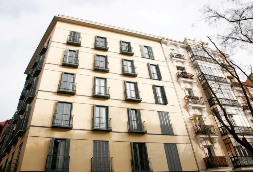 Madrid smartrentals puerta del sol em madrid desde 30 for Puerta del sol madrid mapa