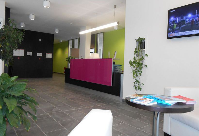 Appart 39 hotel odalys lyon confluence in lyon starting at for Appart hotel odalys lyon