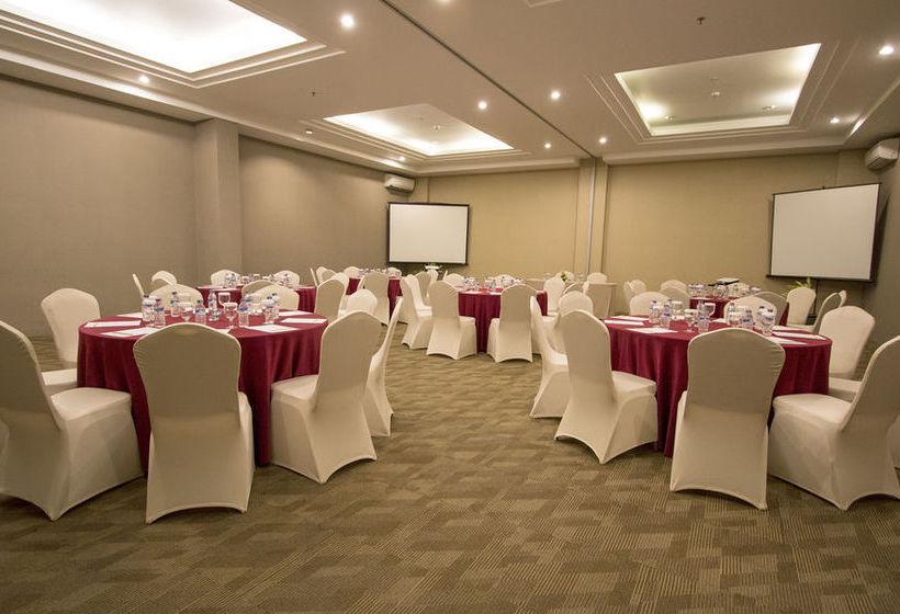 Crystal kuta hotel in kuta starting at 7 destinia crystal kuta hotel junglespirit Images
