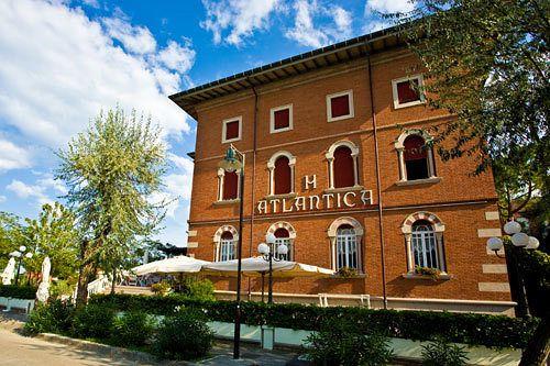 Hotel atlantica cesenatico le migliori offerte con destinia - Bagno florida cesenatico ...