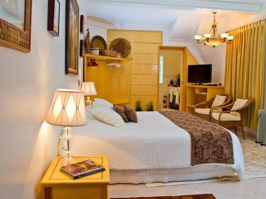 hotel pousada boutique de charme vila natal campos do jord o as melhores ofertas com destinia. Black Bedroom Furniture Sets. Home Design Ideas