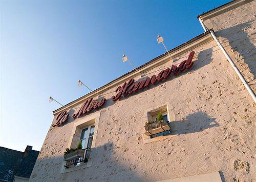 Hotel hostellerie de la m re hamard beaumont la ronce le for Garage beaumont la ronce