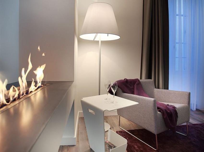 petit h tel confidentiel chambery as melhores ofertas com destinia. Black Bedroom Furniture Sets. Home Design Ideas