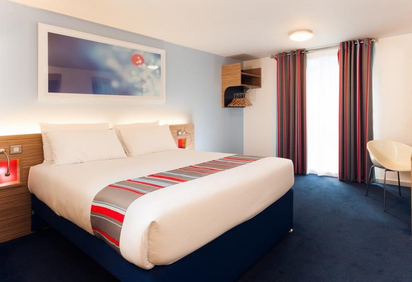 Travelodge London Woowich Hotel