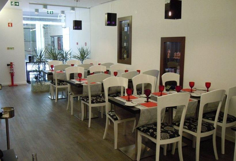Pension Residencial Florescente In Lissabon  Ab 24