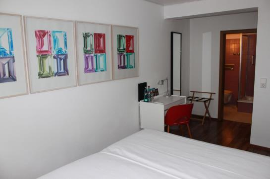 hotel kreuzblume in freiburg im breisgau starting at 59 destinia. Black Bedroom Furniture Sets. Home Design Ideas