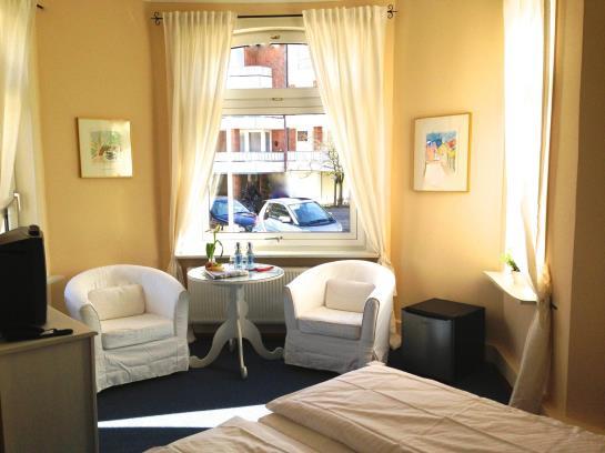 hotel seeburg sankt peter ording the best offers with destinia. Black Bedroom Furniture Sets. Home Design Ideas