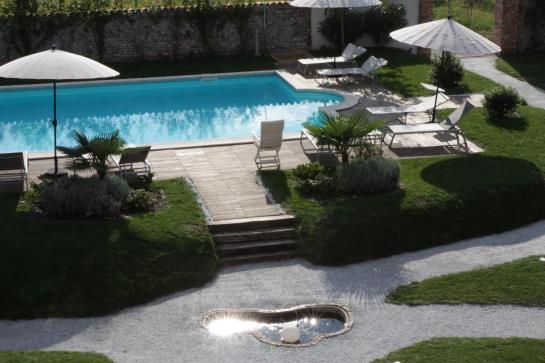 Hotel antico borgo torricella san vito al tagliamento le - Piscina san vito al tagliamento ...