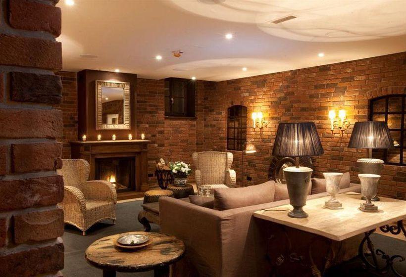 h tel schloss l dersburg l dersburg les meilleures offres avec destinia. Black Bedroom Furniture Sets. Home Design Ideas