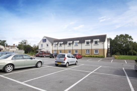 Hotel Travelodge Cardiff Airport Barry